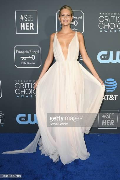 Poppy Delevingne attends the 24th annual Critics' Choice Awards at Barker Hangar on January 13, 2019 in Santa Monica, California.
