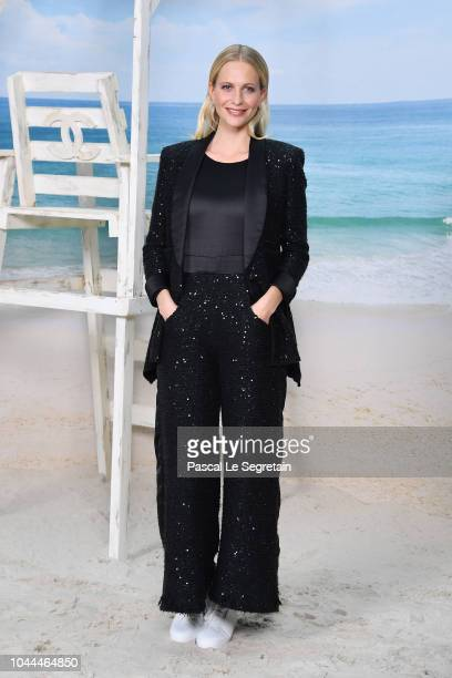 Poppy Delevingne attends the Chanel show as part of the Paris Fashion Week Womenswear Spring/Summer 2019 on October 2 2018 in Paris France