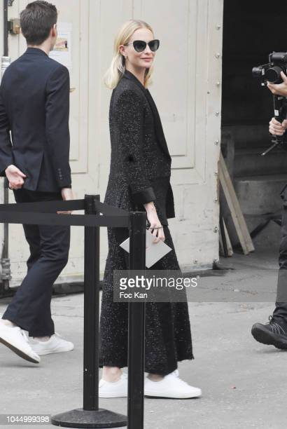Poppy Delevingne attends the Chanel show as part of the Paris Fashion Week Womenswear Spring/Summer 2019 on October 2, 2018 in Paris, France.