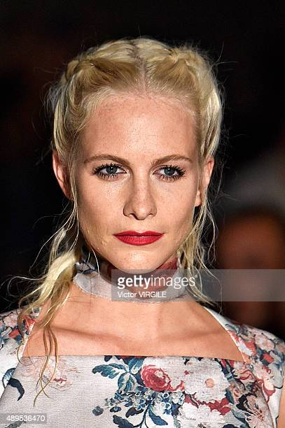 Poppy Delevingne walks the runway at the GILES Ready to Wear show during London Fashion Week Spring/Summer 2016/17 on September 21 2015 in London...