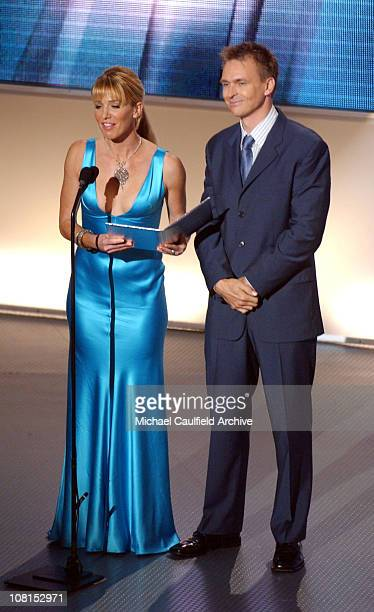 Poppy Montgomery and Phil Keoghan present Male TV Star Award