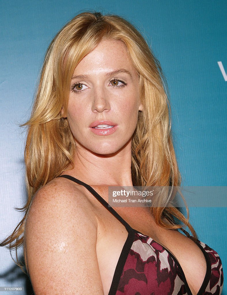 Poppy Montgomery During Without A Trace Celebrate Their 100th