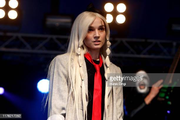 Poppy performs live on the Lock-Up stage during day two of Reading Festival 2019 at Richfield Avenue on August 24, 2019 in Reading, England.