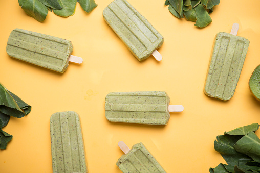 Popsicle made from kiwi and chard - gettyimageskorea