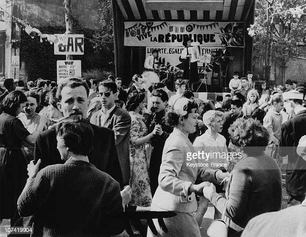 Popular Ball Of July 14Th In Paris On 1950