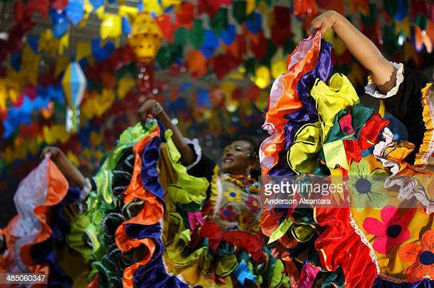 popular culture - brazilian carnival stock pictures, royalty-free photos & images