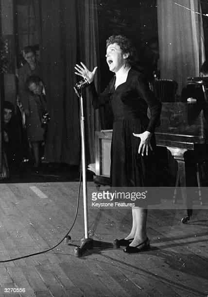 Popular French singer Edith Piaf born Edith Gassion