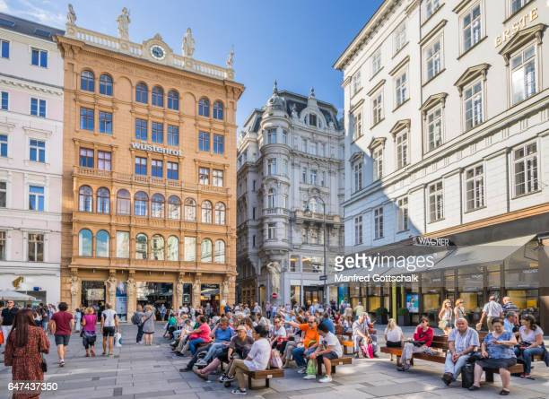 popular graben shopping street vienna - vienna austria stock pictures, royalty-free photos & images