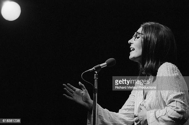 Popular Greek singer Nana Mouskouri offered her fans a first chance opportunity to see her performance at the Olympia Hall. Many stars attended the...
