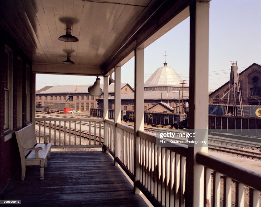 Porch in front of historic freight train station in West Virginia : Stock-Foto