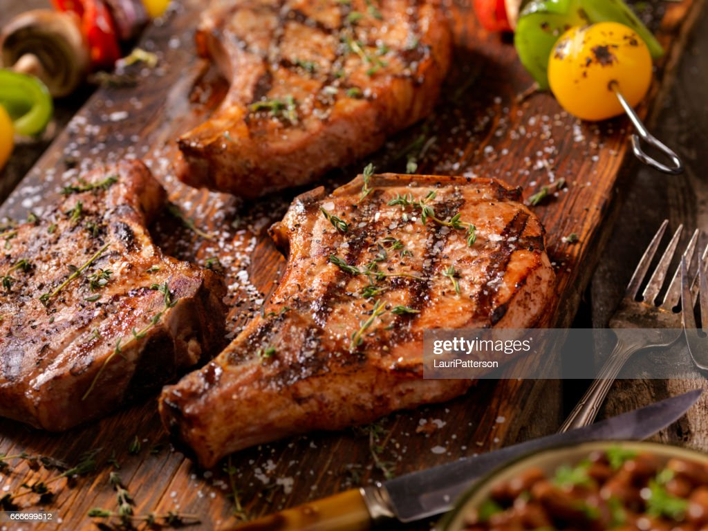 BBQ Pork Chops With Vegetable Skewers : Stock Photo