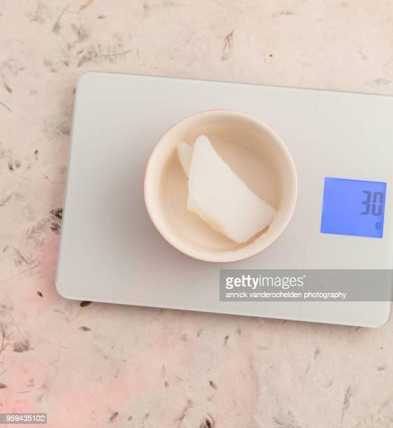 weighing gram pork lard tare weight