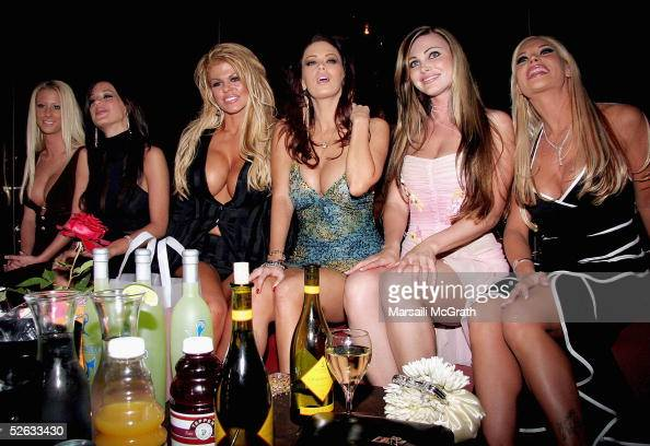 Porn Stars Flash the Camera at AVN Nominations Party (NSFW