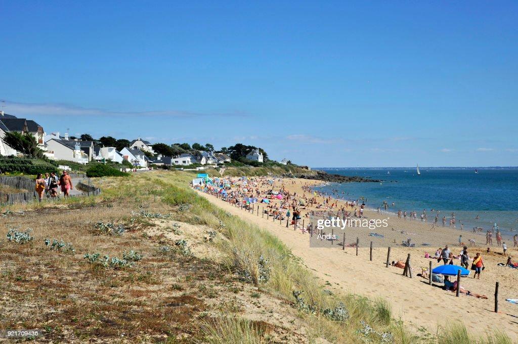 Pornichet, 'plage de Bonne Source' beach. : News Photo