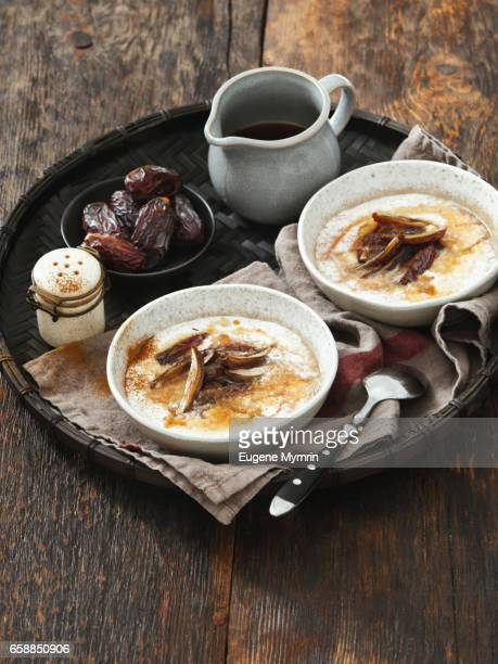 Porridge with quinoa and date fruits