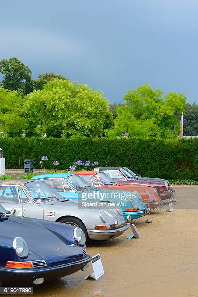 "porsche 911 and porsche 912 classic sports cars - ""sjoerd van der wal"" stock-fotos und bilder"