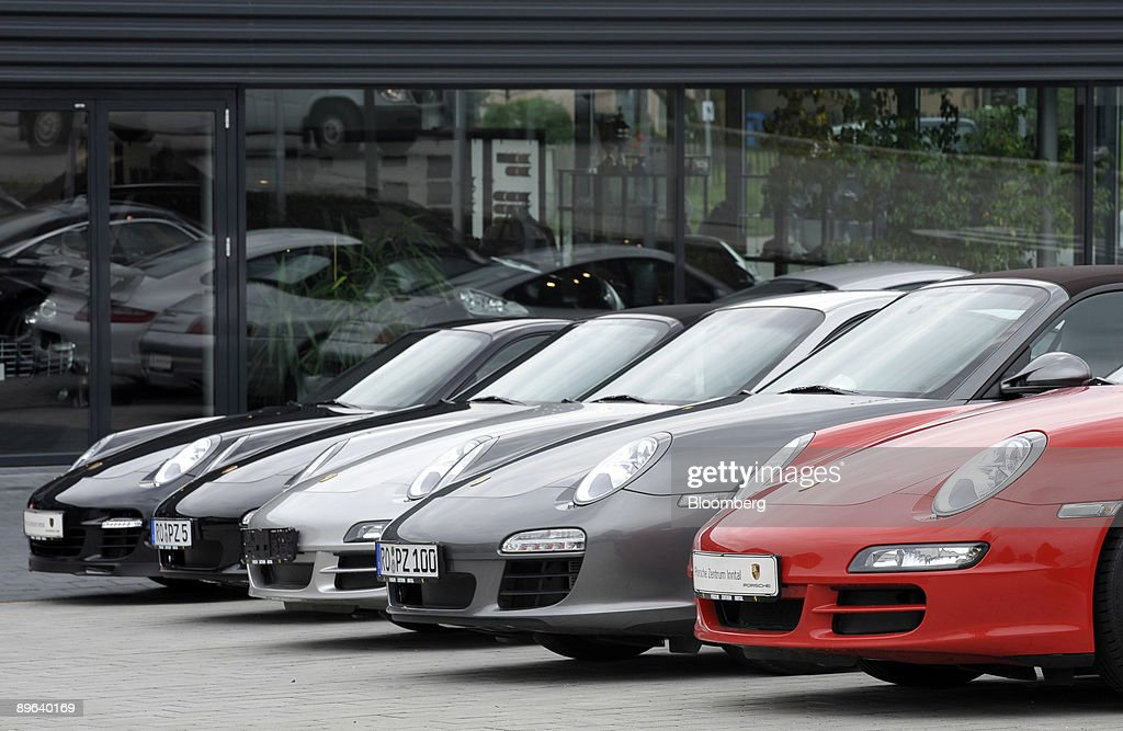 Porsche 911 automobiles sit on display at a dealership in Ro : News Photo