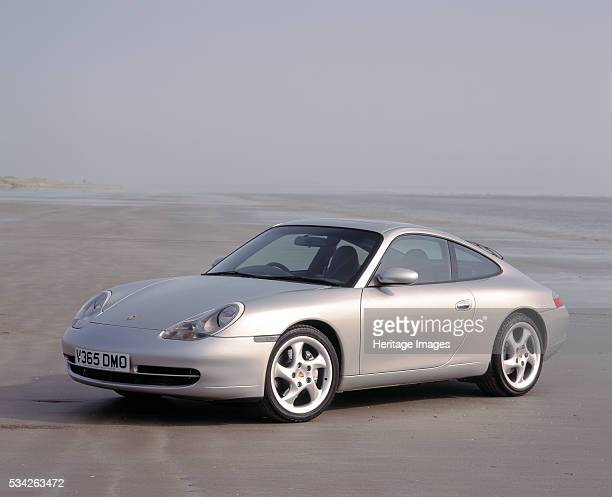 Porsche 911 Carrera 4 on Pendine sands 2000