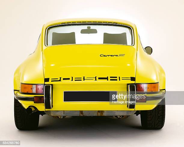 Porsche 911 Carrera RS in white Studio 2000