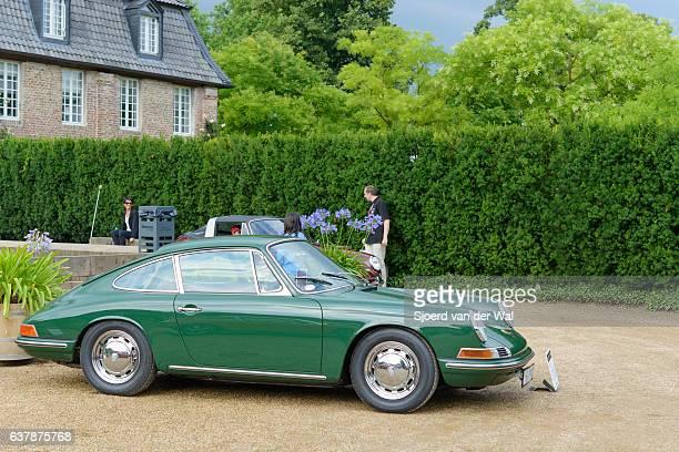 "porsche 911 classic sports car - ""sjoerd van der wal"" stock pictures, royalty-free photos & images"