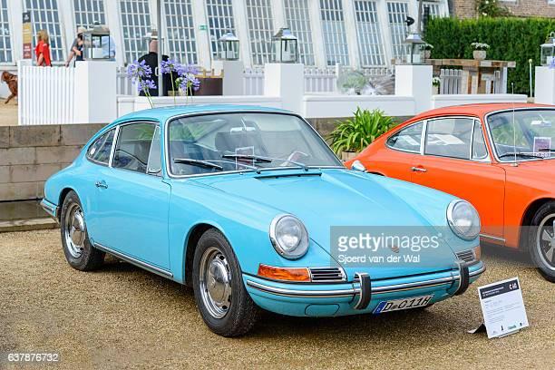 "porsche 911 coupe classic sports car - ""sjoerd van der wal"" stock pictures, royalty-free photos & images"