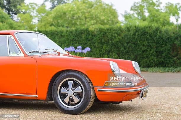 Porsche 911 vintage classic sports car front