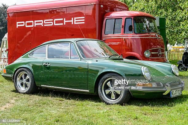 Porsche 911 vintage classic sports car