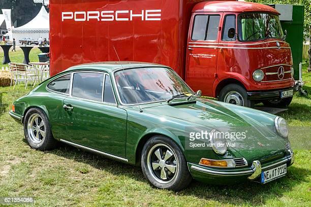 "porsche 911 vintage classic sports car - ""sjoerd van der wal"" ストックフォトと画像"