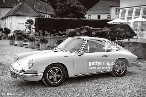 "porsche 911 vintage classic sports car - ""sjoerd van der wal"" stock pictures, royalty-free photos & images"