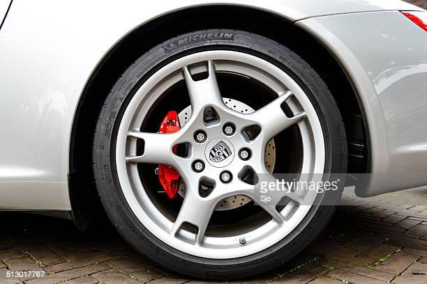 Porsche wheel and brake