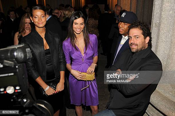 Porschla Coleman Alina Puscau Russell Simmons and Brett Ratner attend VANITY FAIR Tribeca Film Festival Party hosted by GRAYDON CARTER ROBERT DE NIRO...