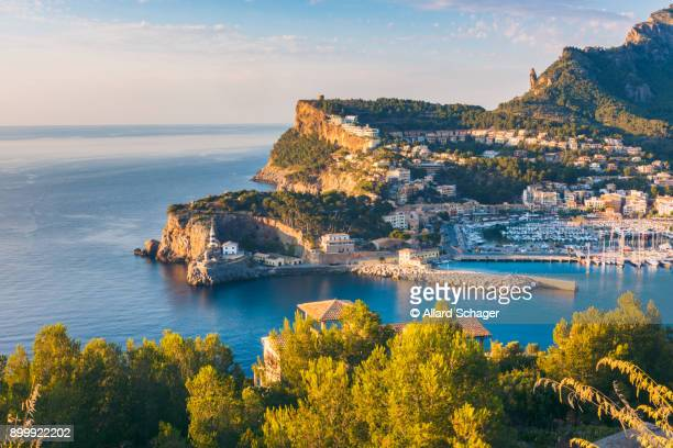 port de soller mallorca at sunset - mediterranean sea stock pictures, royalty-free photos & images