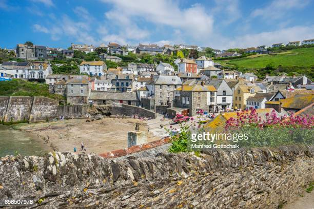 port isaac harbourfront from roscarrock hill - port isaac stock pictures, royalty-free photos & images