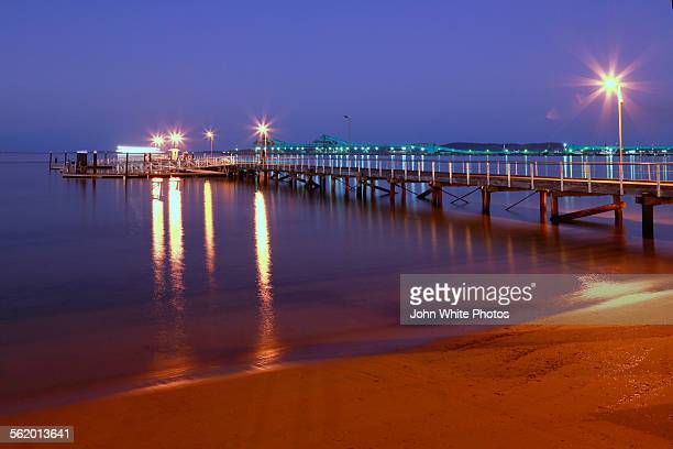 port lincoln town jetty. south australia. - porto lincoln - fotografias e filmes do acervo
