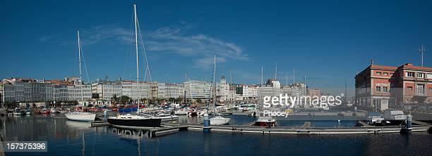 puerto de la coruña - provincia de a coruña fotografías e imágenes de stock