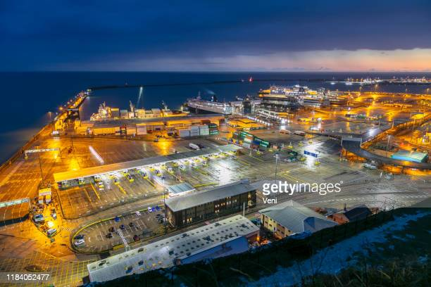 port of dover, kent, uk - commercial dock stock pictures, royalty-free photos & images