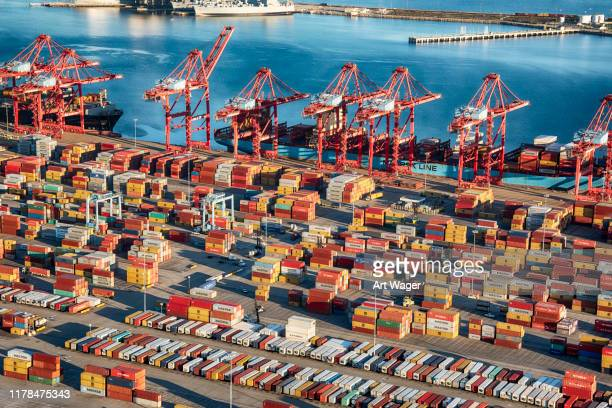 port of long beach california - port of los angeles stock pictures, royalty-free photos & images