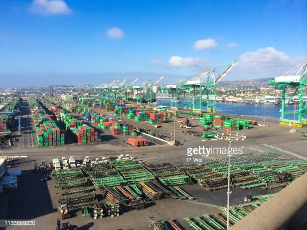 port of los angeles from above - la waterfront stock pictures, royalty-free photos & images