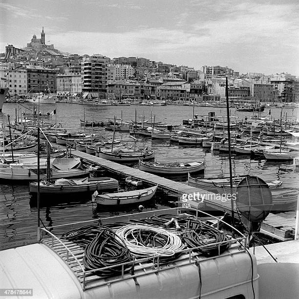 Port of Marseille on the occasion of water festivals on 1957 @ina photo baby carriage Gerard