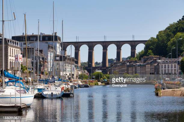 port of morlaix with the viaduct - gwengoat stock pictures, royalty-free photos & images
