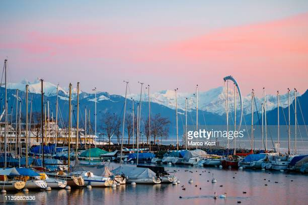port of ouchy, lausanne, switzerland - lausanne stock pictures, royalty-free photos & images