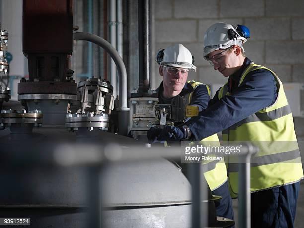 port worker undergoing training - monty rakusen stock-fotos und bilder