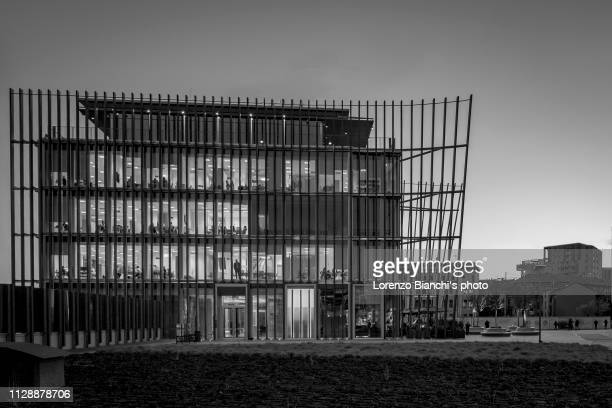 porta nuova district in b/w, milan, italy - black and white instant print stock pictures, royalty-free photos & images