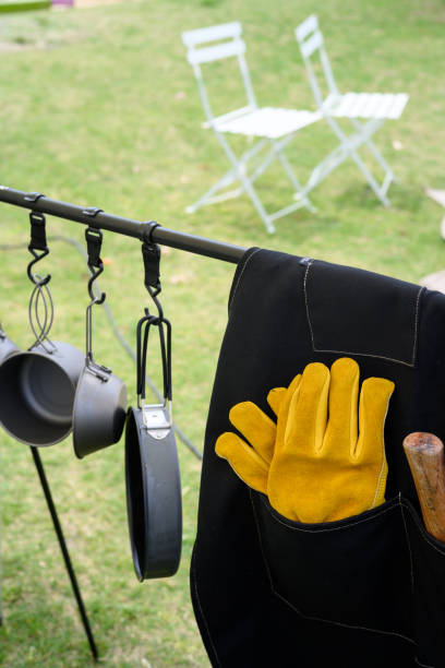 Portable cooking set for camping