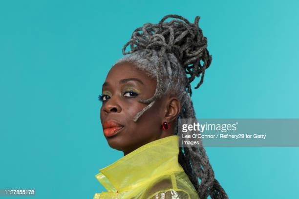 portait of confident african american woman - noapologiescollection stock pictures, royalty-free photos & images