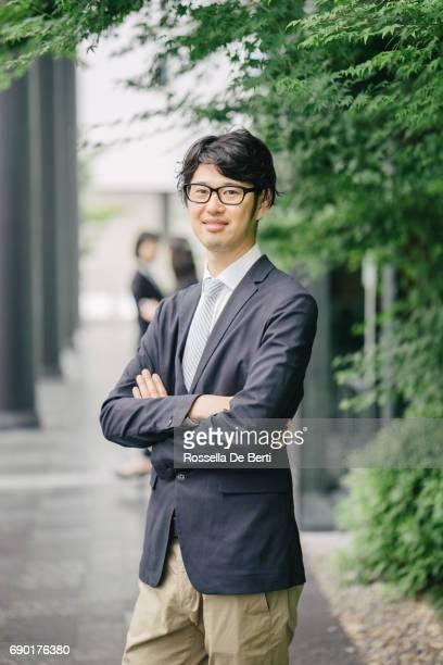 若い日本のビジネスマンの Portarait