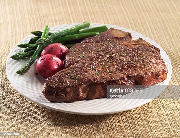 porterhouse - bistecca alla fiorentina foto e immagini stock
