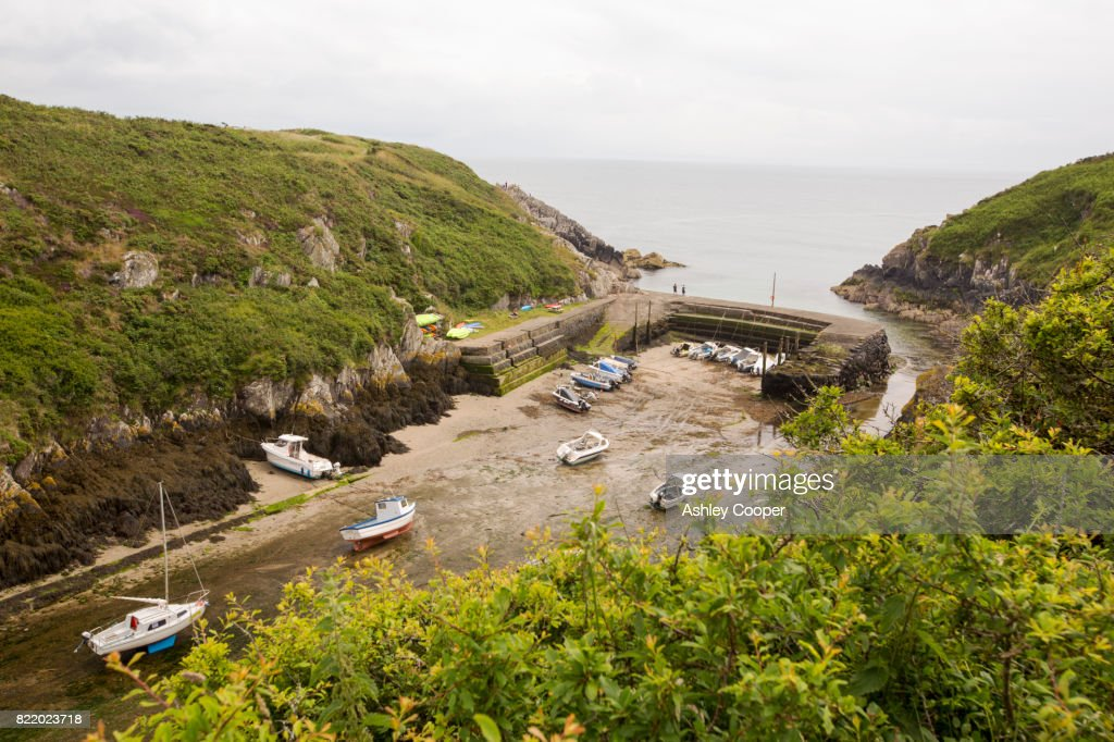 Porth Claise, Pembrokeshire, Wales, UK. : Stock Photo