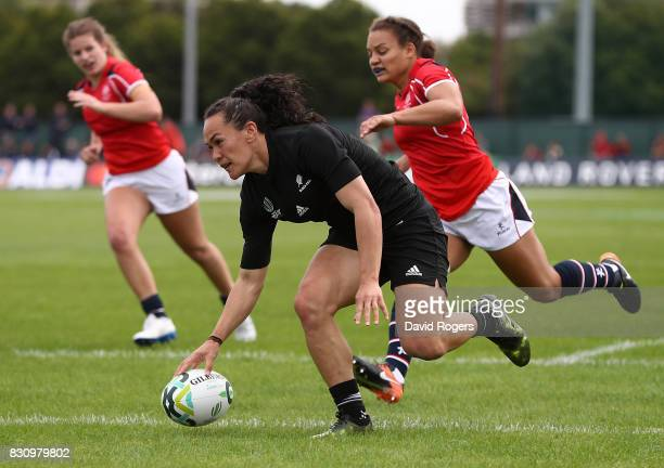 Portia Woodman of New Zeland scores a try during the Women's Rugby World Cup 2017 match between New Zealand and Hong Kong on August 13, 2017 in...