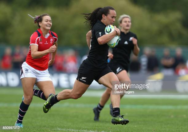 Portia Woodman of the New Zealand Black Ferns breaks clear to score one of her eight tries during the Women's Rugby World Cup 2017 Group A match...